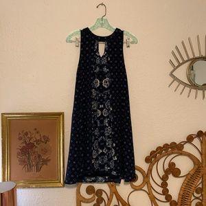 Dresses & Skirts - Clover + Scout swing dress
